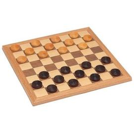 Why is Willie good at checkers?