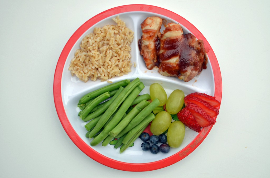 Balanced meal for children to eat well and be healthy